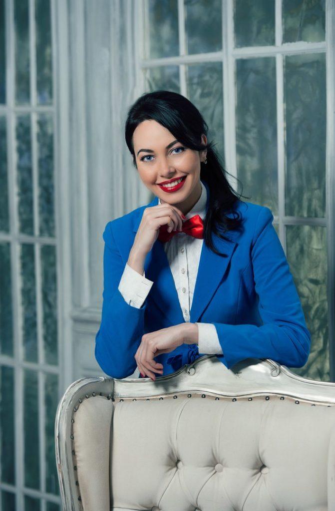 Елена Ламур